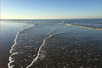 Sur la plage d'Houlgate