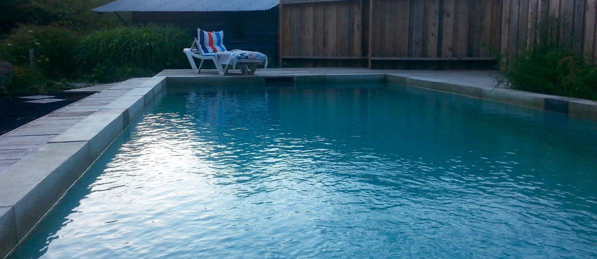 La baignade naturelle un soir d'été