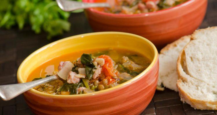 Recette : soupe de lentilles vertes aux lardons