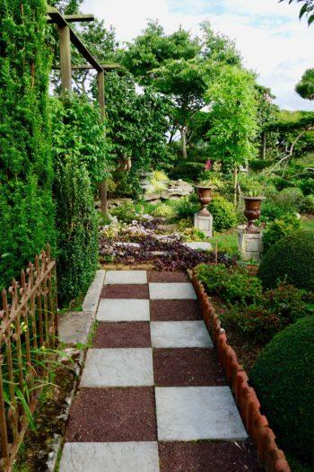 Aménager et végétaliser une allée - Hortus Focus I mag
