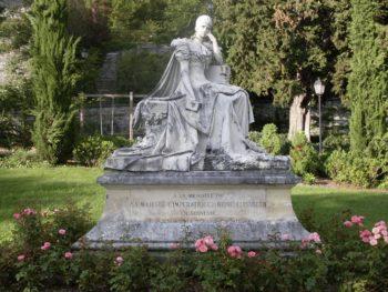 Montreux : Statue de Sissi, par Antonio Chiattone (1902).
