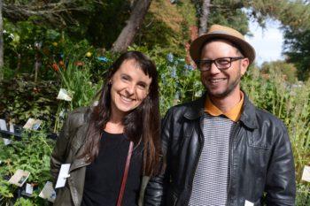 Comment replanter les chrysanthèmes : Amélie et Jordi