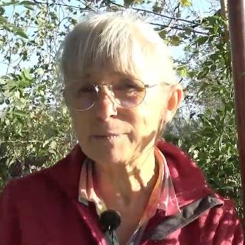 Tailler les rosier : Edith Brochet-Lanvin