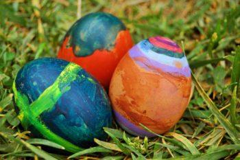 œeufs peints