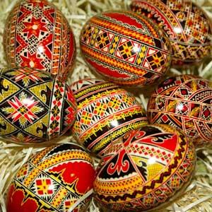 œufs colorés