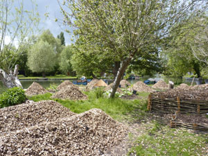 Elever la terre - Hortillonnages d'Amiens